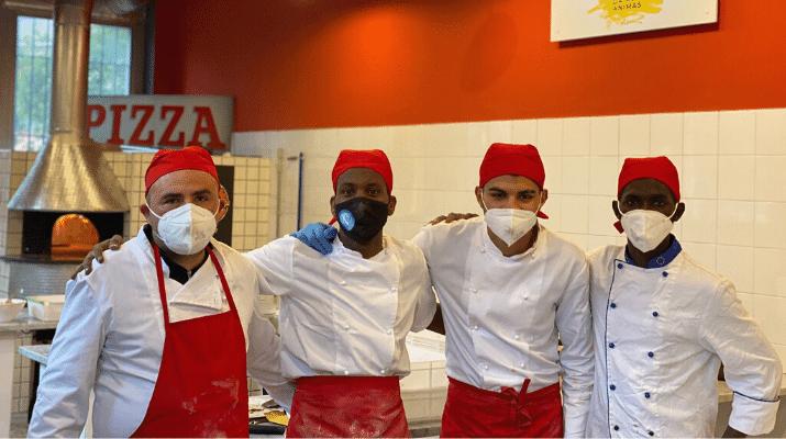 I ragazzi inaugurano il laboratorio